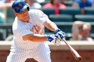 Mets' Colon hits, pitches his way to seventh win vs. Phillies